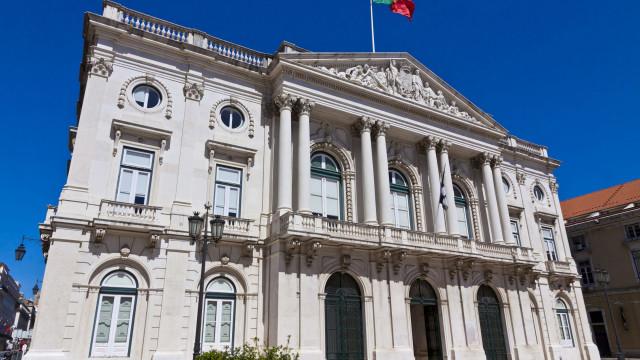 Três empreitadas da Câmara de Lisboa com gastos ilegais de 3,8 milhões