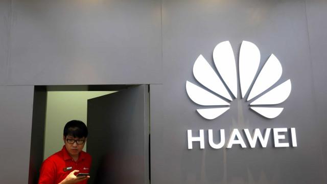 """Huawei: """"Uma coisa é certa, vamos sair disto vivos"""""""