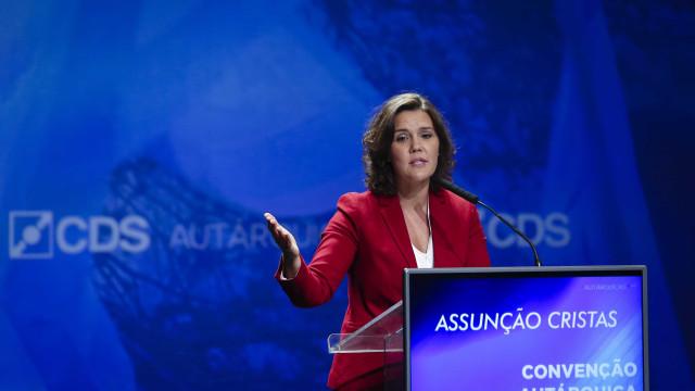 """Assunção Cristas faz apelo ao voto no CDS, contra o """"inimigo"""" abstenção"""