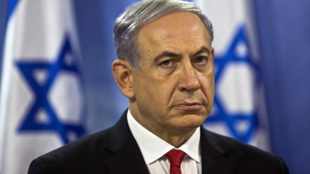 Manifestantes israelitas exigem que Netanyahu respeite a democracia