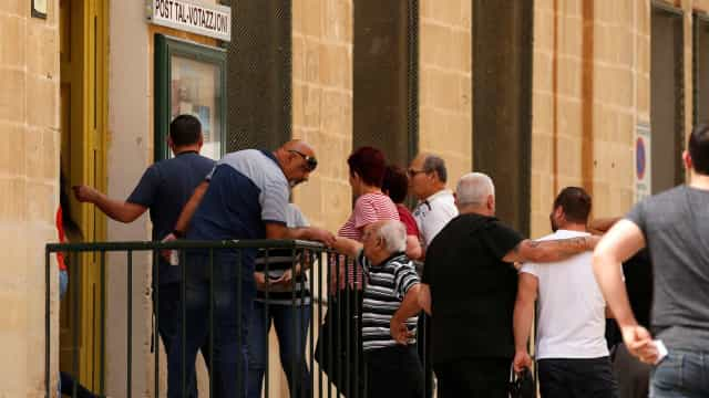 Malta: Socialistas no poder vencem com mais de metade dos votos