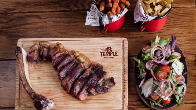 The B Temple aposta em carnes maturadas grelhadas em carvão vegetal