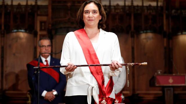 Ada Colau reeleita para a presidência da Câmara de Barcelona
