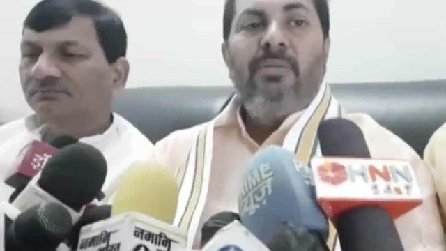 Ministro indiano questiona se mulheres casadas são vítimas de violação
