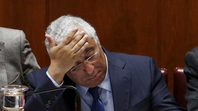 """Aumentos no setor público? Oposição 'cai' em cima da """"bebedeira"""" de Costa"""