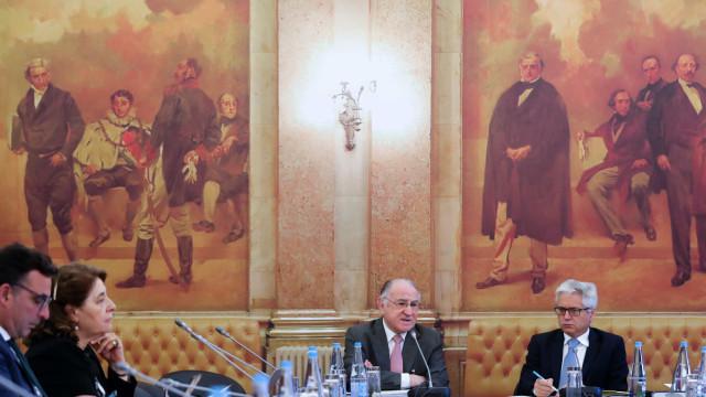 """Ato de gestão """"responsável"""" evitou OPA à La Seda, diz Faria de Oliveira"""