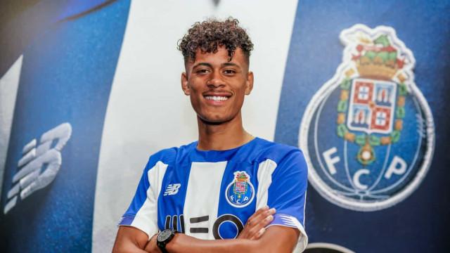 Oficial: FC Porto renova com Gonçalo Borges