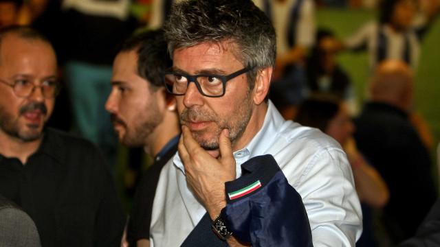 """J. Marques suspenso e multado por falar de """"vigarice"""" em jogos do Benfica"""