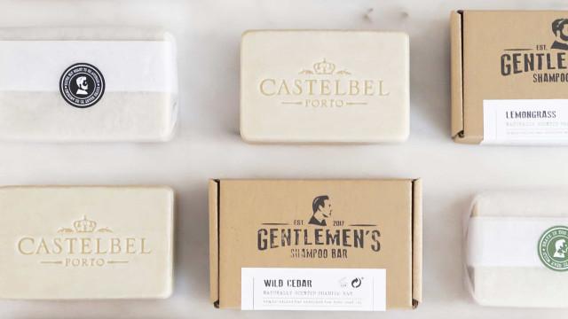 Castelbel lança nova coleção de champôs sólidos Castelbel Traveller