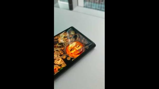 Oppo pode lançar em breve smartphone com câmara por baixo do ecrã
