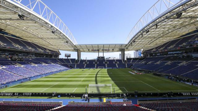 Oficial: UEFA mantém FC Porto sob regime de liquidação