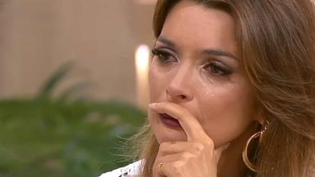 Maria Cerqueira Gomes em lágrimas com a história da bebé Matilde