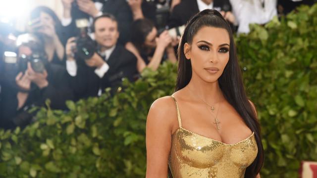 Kim Kardashian sem maquilhagem? Sim, esta foto existe mesmo