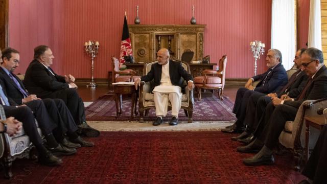 Mike Pompeo quer um acordo de paz com os talibã até 1 de setembro