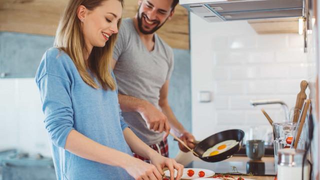 Comer estes três alimentos ao pequeno-almoço ajuda a emagrecer