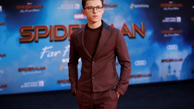 A teia do Homem-Aranha manteve super-herói seguro no topo do ranking