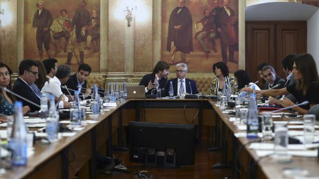 """CGD: Deputados concordam que BdP """"nunca alertou"""" para perigos sistémicos"""