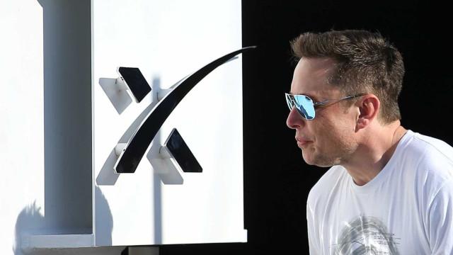 Musk quer aterrar na Lua em 2021