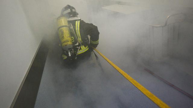 Lar de idosos em Santa Maria da Feira evacuado devido a incêndio