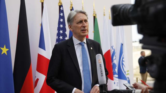 Ministro das Finanças demite-se caso Boris Johnson seja primeiro-ministro