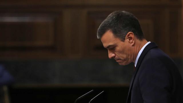 Pedro Sánchez tenta sem sucesso convencer a direita espanhola a abster-se