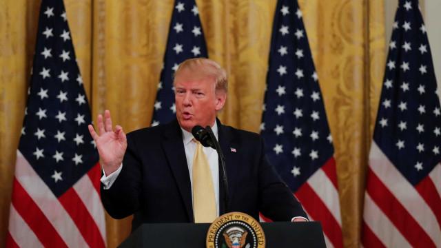 """Paquistão """"ajuda muito"""" os EUA sobre perspetivas de paz no Afeganistão"""