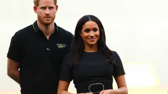 Fãs furiosos com mensagem de Harry e Meghan Markle para príncipe George