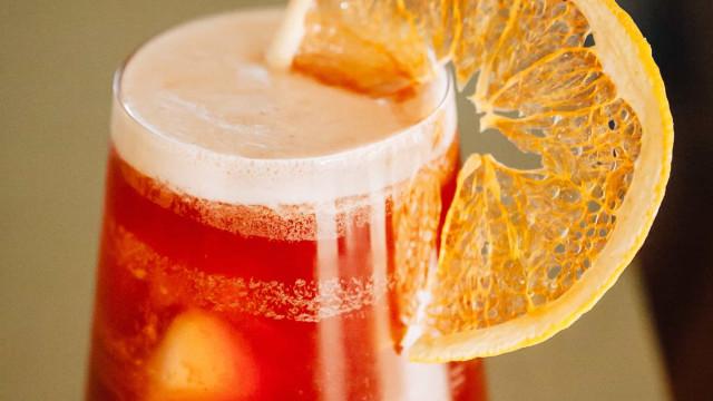 Vogue Café Porto: Pátio-refúgio com cocktails e petiscos de sabor a verão
