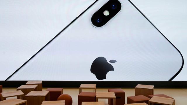 Ficou com o iPhone bloqueado? Eis o que pode fazer