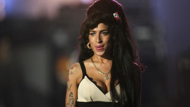 Amy Winehouse morreu há oito anos. Tinha 27 anos, a idade 'fatal'