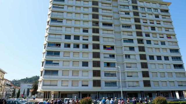 Moradores garantem deter 11 frações do prédio Coutinho em Viana
