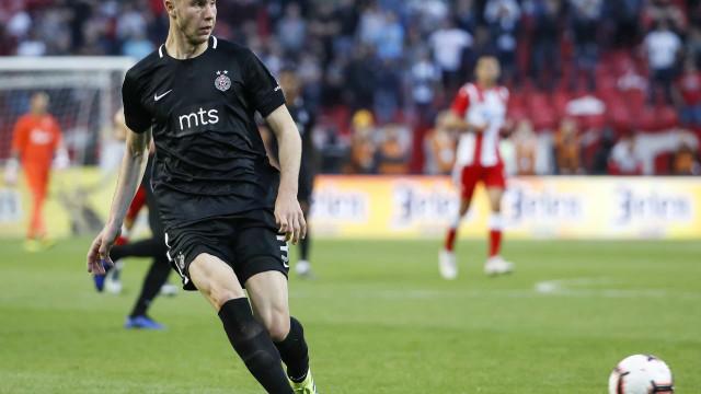 Benfica prestes a ver Pavlovic escapar para Itália
