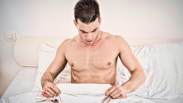 Noites quentes. Afinal, por que os homens acordam com ereções?