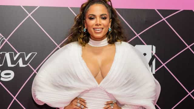 """Anitta recebe comentário de Mariah Carey: """"Tenho muito orgulho em ti"""""""