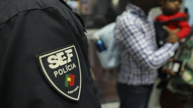 Vagas de atendimento à venda online. SEF recorre ao Ministério Público