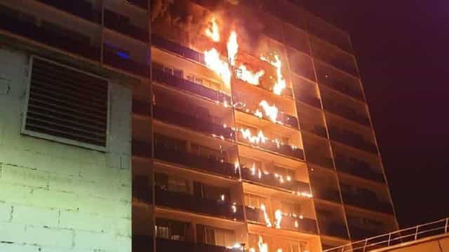Incêndio em hospital de Paris faz um morto e pelo menos oito feridos