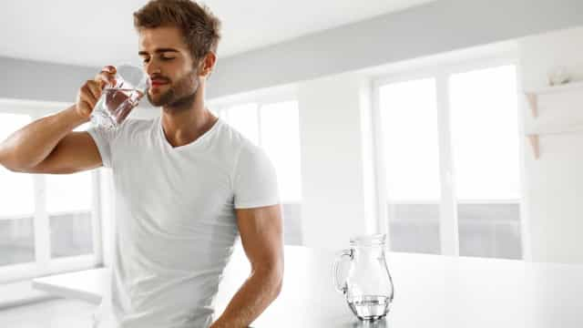 Beber água da torneira pode ser prejudicial para a saúde, diz estudo