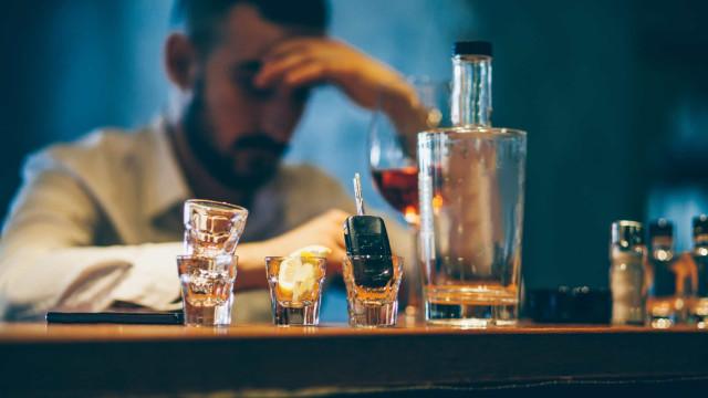 Ecstasy é usado (com sucesso) no tratamento contra o alcoolismo