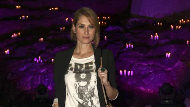 Alda Gomes emociona-se ao recordar luta contra artrite reumatóide