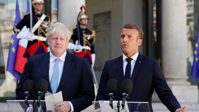 """Macron considera backstop indispensável mas admite solução """"em 30 dias"""""""