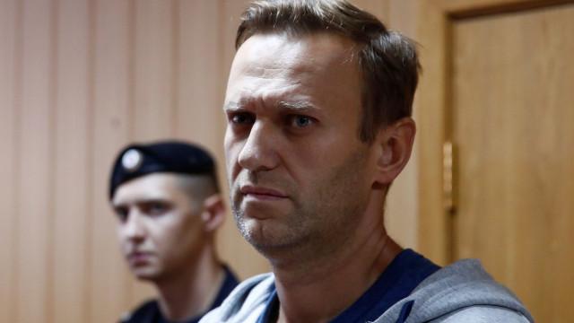Alexei Navalny libertado da prisão