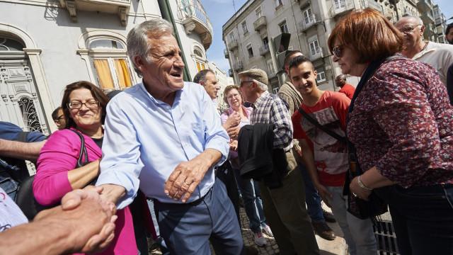 """Jerónimo diz que PS """"nunca iria tão longe se não fosse o PCP e a CDU"""""""