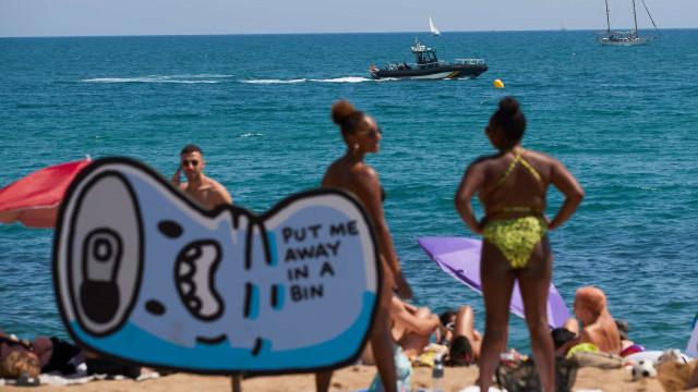 Praia fecha em Espanha após descoberta de possível bomba da Guerra Civil