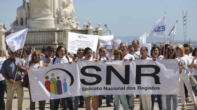 Trabalhadores dos registos iniciam hoje nova greve