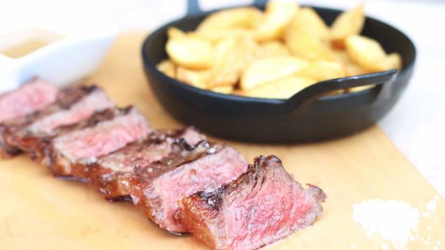 Na Mercantina o entrecôte basco enriquece menu de almoço