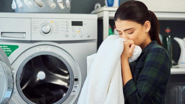 Componentes tóxicos de detergentes da roupa podem ser prejudiciais