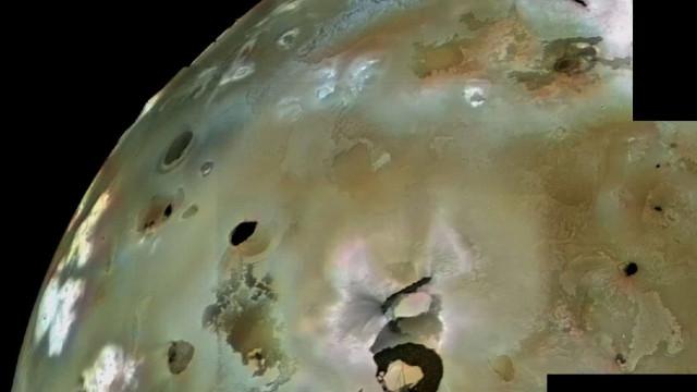 Vulcão de lua de Júpiter prestes a entrar em erupção