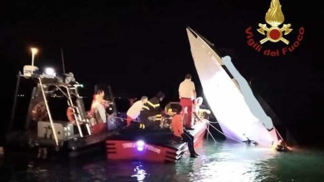 Três pilotos morreram e um ficou ferido após acidente de barco em Itália
