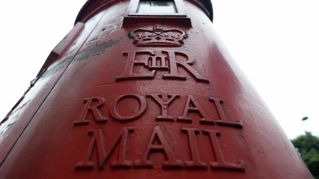 Correios britânicos investigam devoluções de votos postais portugueses