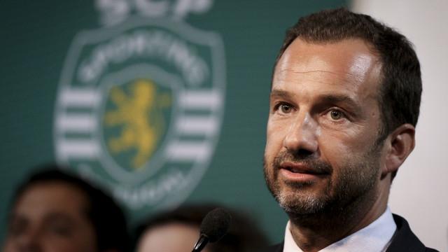 Acionistas do Sporting contra aumento salarial para Varandas